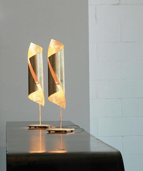 Knikerboker Hué T37 Lampada da Tavolo Dimmer 12 Colori